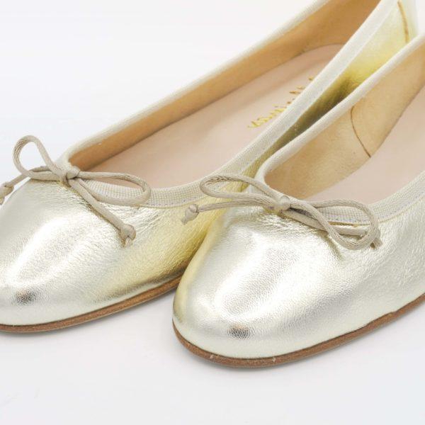 ballerine-pelle-laminata-platino