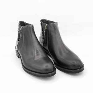 stivaletto-beatles-in-pelle-nera-con-cerniere