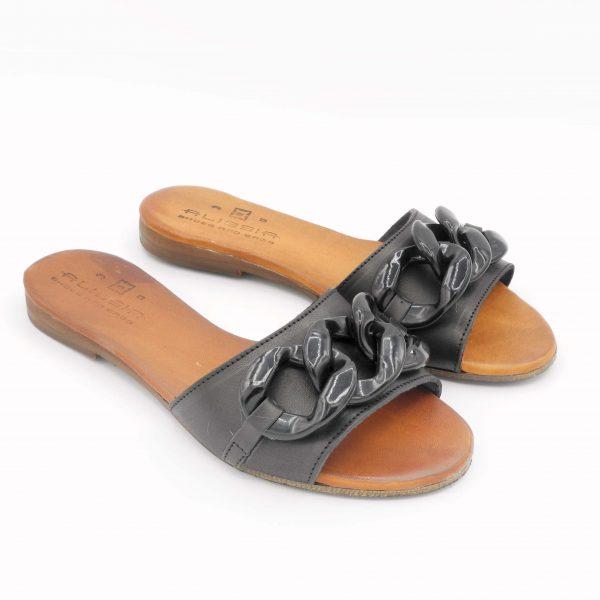 ciabattina-in-pelle-nera-con-accessorio-catena