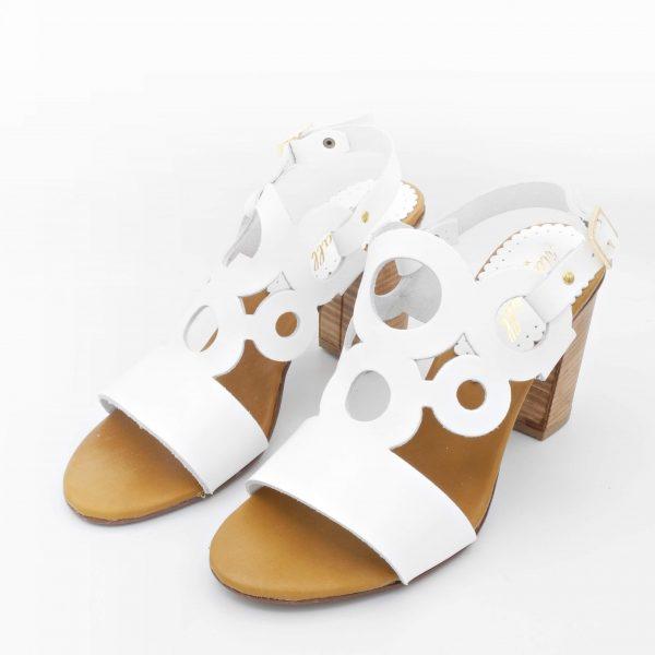sandalo-in-pelle-bianca-con-tacco-largo-8