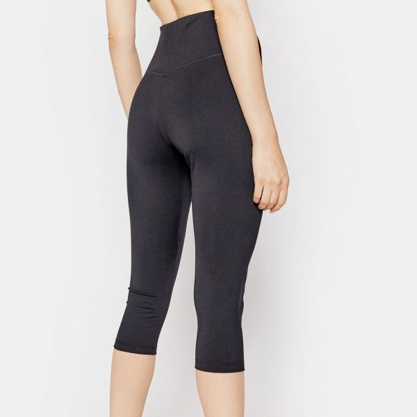 leggings-nike-capri-a-vita-media-black-white-dd0245-010